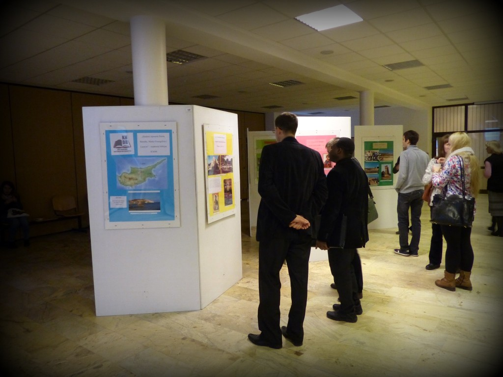 Wystawa zdjęć z Cypru